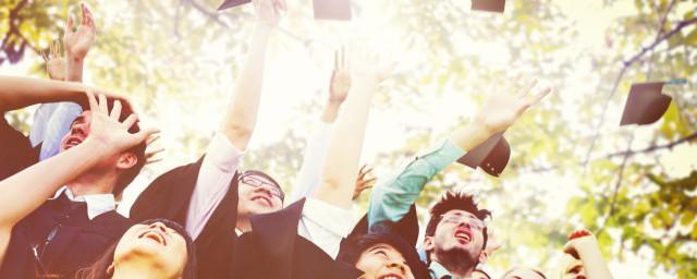 毕业朋友圈文案有哪些解释,理解适合发朋友圈的毕业文案