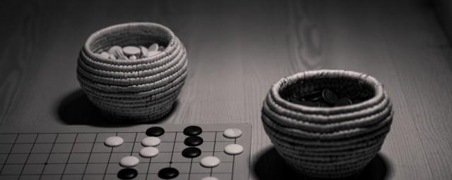 五子棋要注意什么才能赢,对于五子棋要注意哪些才能赢的要点