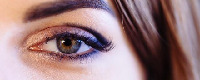 深棕色眼睛是啥血统,看完深棕色眼睛是啥血统
