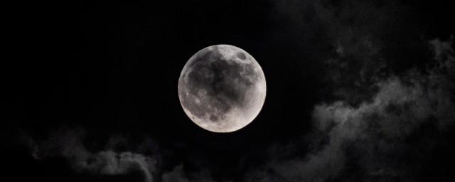 月亮代表什么象征意义,原来月亮代表的象征意义有哪种
