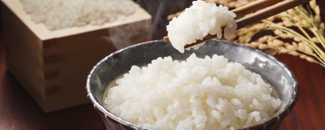 米饭有点馊味怎么补救,原来米饭有点馊味还能补救吗